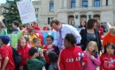 Trent Wotherspoon meeting students at Shannen\'s Dream